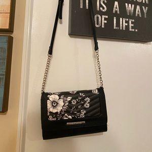 Never worn floral steve madden crossbody bag